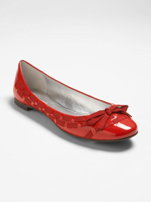 shoes & handbags: 'Saffron' ballet flat: valentine's day gifts | Banana Republic from bananarepublic.com
