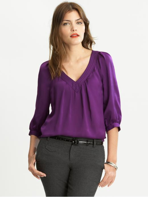 Banana Republic Trapunto Vneck Blouse