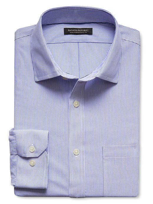 Banana Republic Mens Light Blue Updated Classic Fit Non-Iron Striped Shirt - Light blue