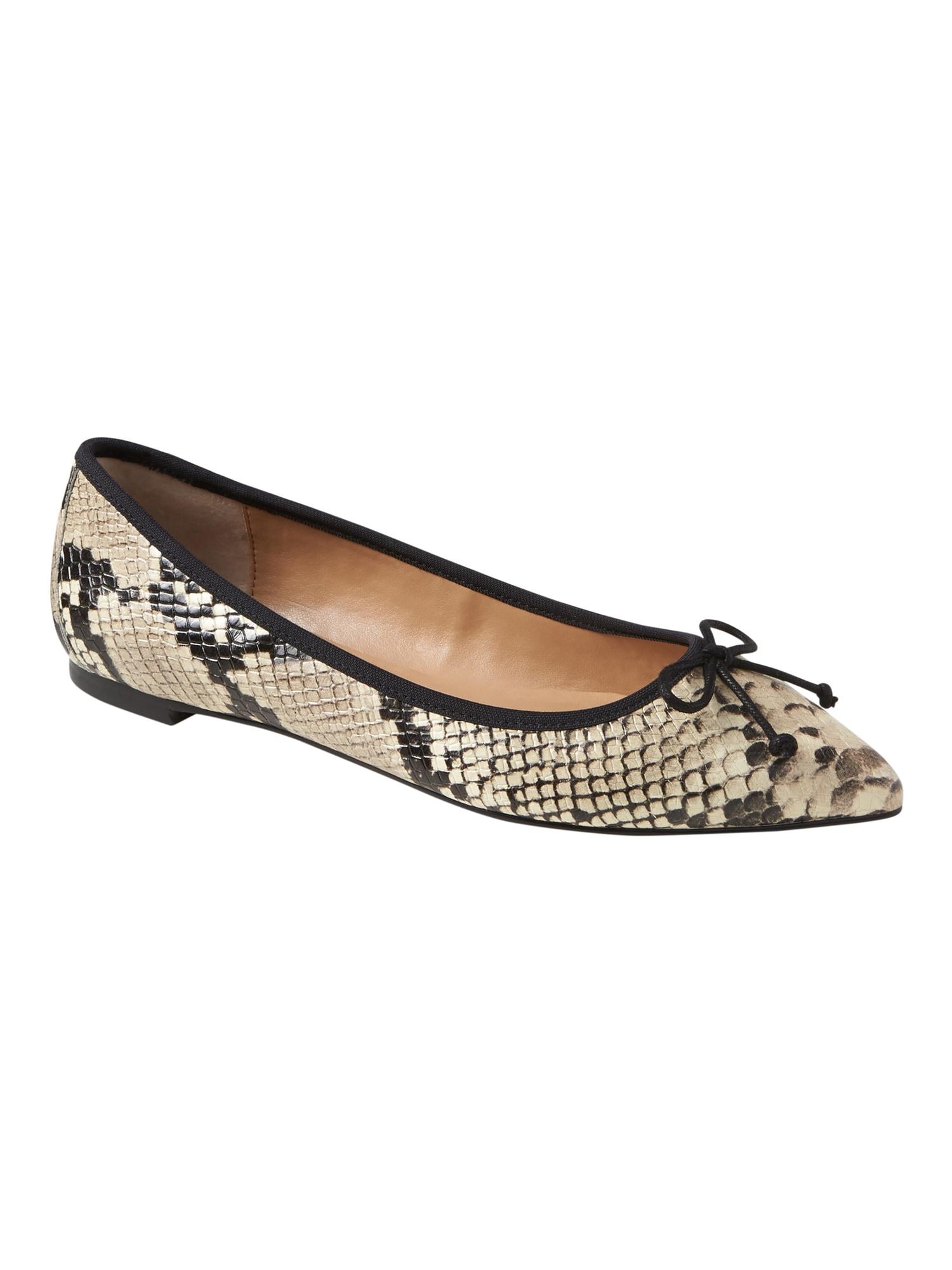Banana Republic Womens Pointed-Toe Robin Ballet Flat Navy & Size 11 TEYaHT