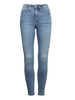 High-Rise Legging-Fit Luxe Sculpt Light Wash Ankle Jean