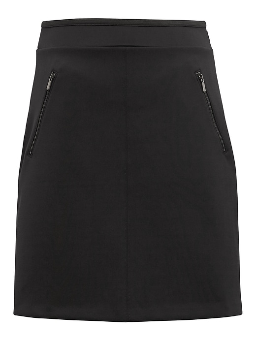 Life In Motion Wrinkle Resistant Neoprene Skirt by Banana Repbulic