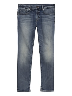 Slim LUXE Traveler Medium Wash Jean