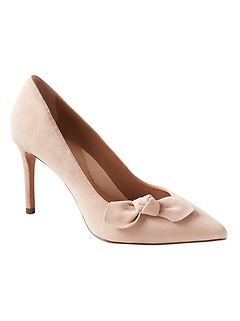 Madison 12-Hour Suede Bow Pump
