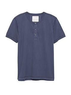 Heritage Garment Dyed Short-Sleeve Henley T-Shirt