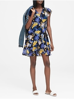 Petite Floral Ruffle Wrap Dress