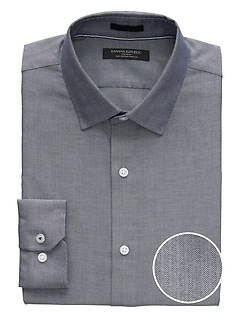 Camden Standard-Fit Non-Iron Herringbone Dress Shirt