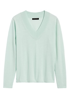 JAPAN EXCLUSIVE Washable Merino V-Neck Sweater